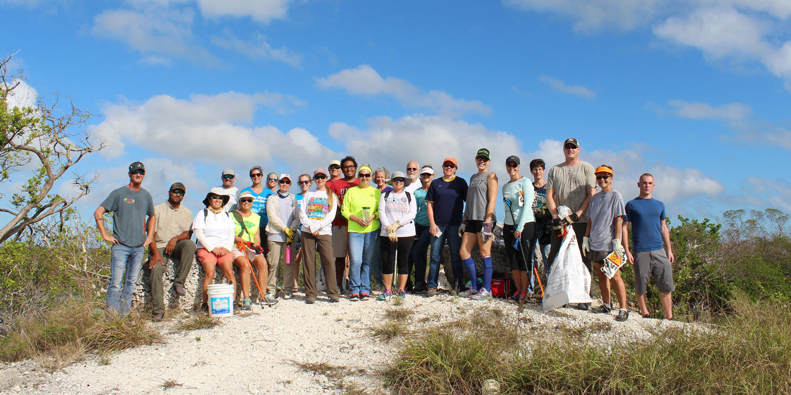Volunteer Beach Clean Up California